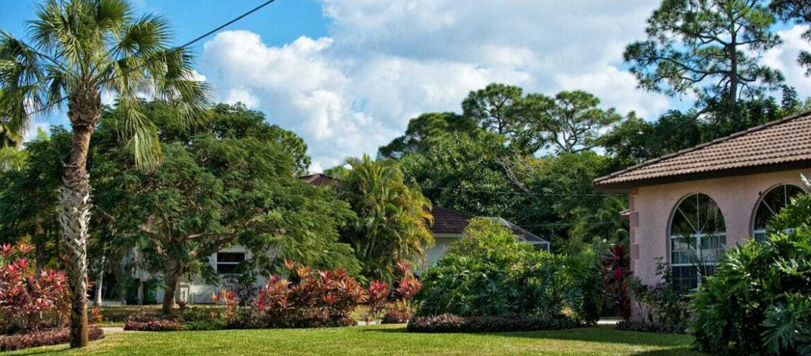 5-Florida-Friendly-Landscape-Maintenance-Tips-for-Homeowners-1170x520