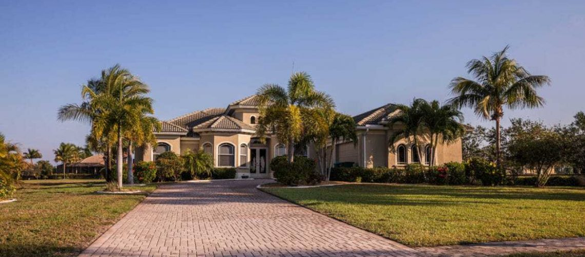 How-Landscape-Services-Help-Keep-Your-Florida-Yard-Environmentally-Friendly-1170x520